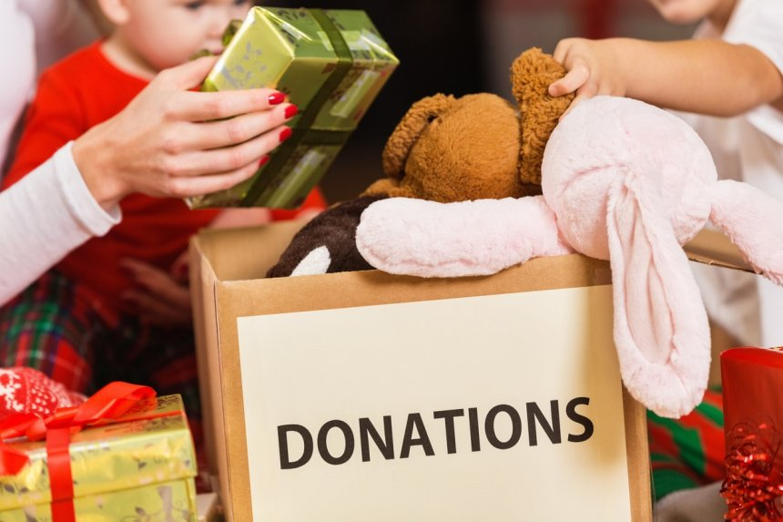 During Holiday Travels, Local Organizations Gather Donations For Care Kits